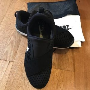 Nike Free Connect Comfortable Slip-on Shoe